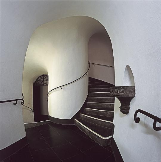 "Eingang Turm Nord | Foto: Josef Walter Schumacher (JosWaS) | Fotoclub 2000 Aachen | Ausstellung ""Stein & Edelstein"" 2015 Domschatzkammer Aachen"